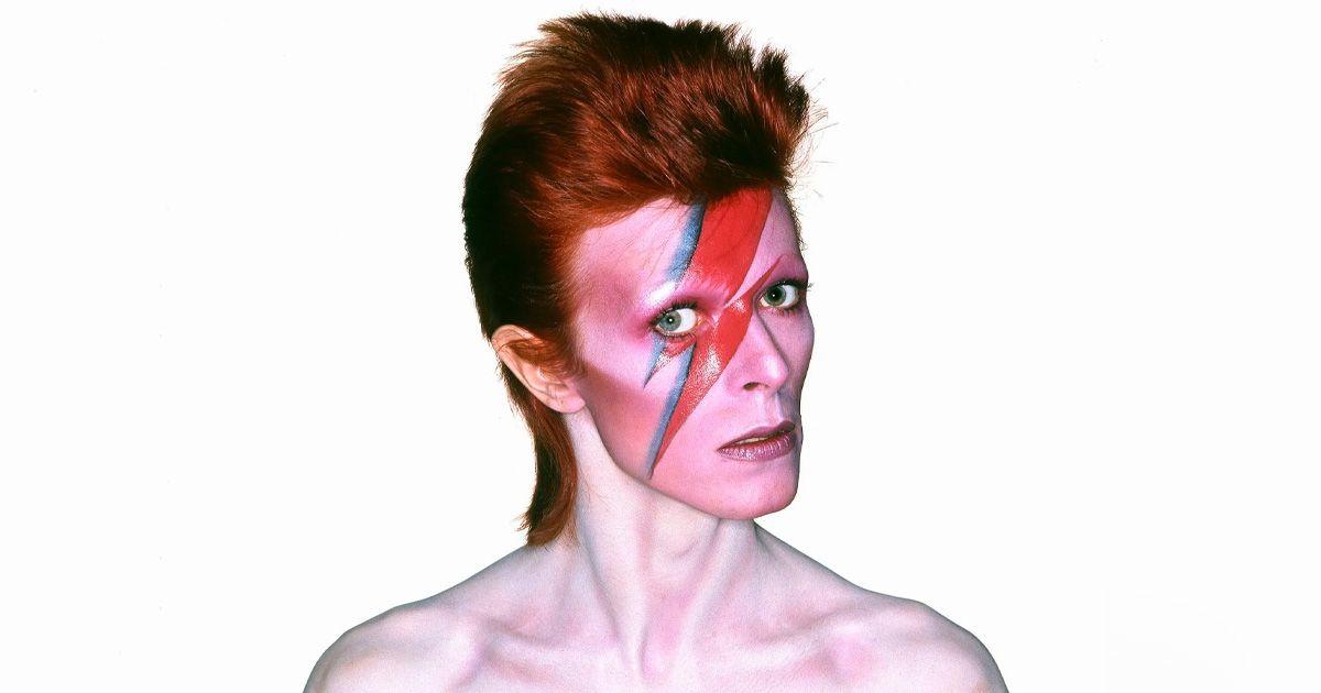 """แปลเพลง : David Bowie - Lazarus จดหมายแห่งการจากลาของ """"กิ้งก่าเปลี่ยนสีแห่งวงการเพลง"""""""