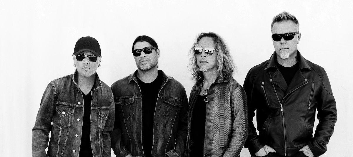 "Metallica แสดงเพลง ""Battery"" เนื่องในโอกาสอัลบั้ม Master of Puppets ครบรอบ 35 ปี"